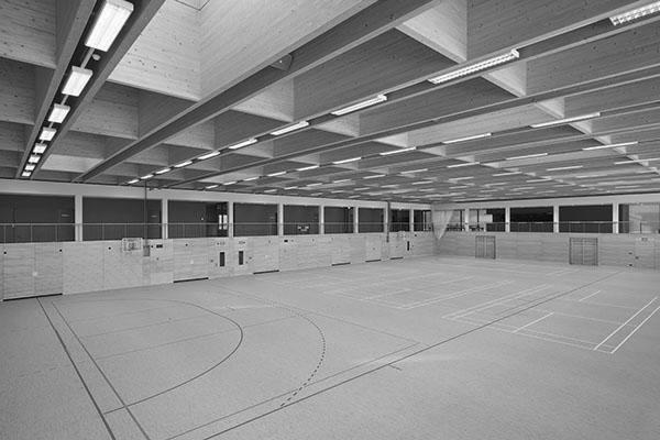 Turnhallen und Sportstätten